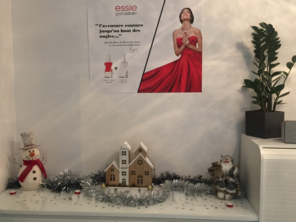 Vernis Essie gel couture et idées cadeaux de Noel
